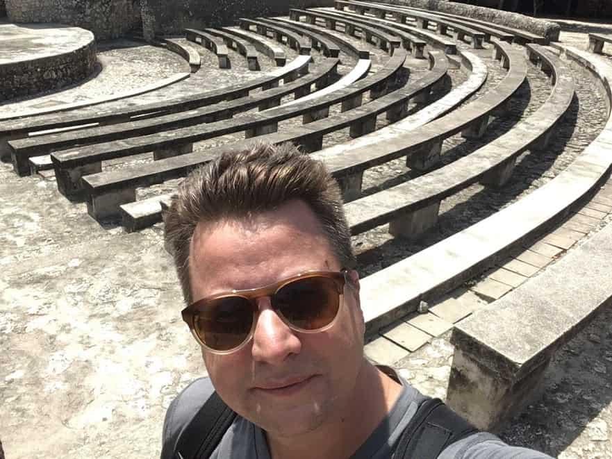 Dylan Horvath design travel in Zanzibar